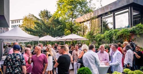 Sommerfest im Großformat: So wird deine Firmenfeier garantiert ein Hit!
