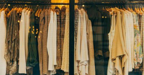 Do's and Don'ts bei der Kleiderwahl für die Betriebsweihnachtsfeier