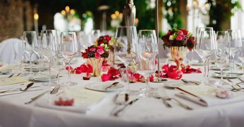 So findest du die perfekte Hochzeitsdeko für deinen großen Tag!