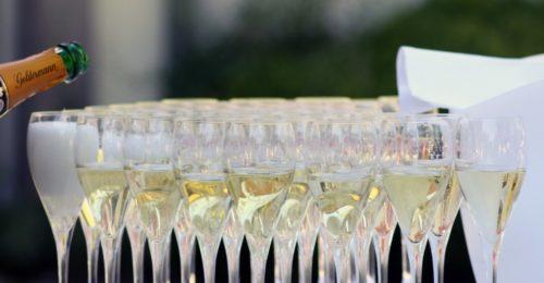 Stilvoll und elegant: So planst du eine Firmenjubiläumsfeier!